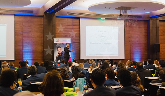 Cómo Funcionan Conferencias Motivacionales 9